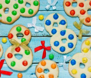 Przepis na kolorowe ciasteczka pieguski