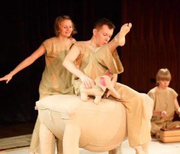 Słoń Trąbibombi. Spektakl