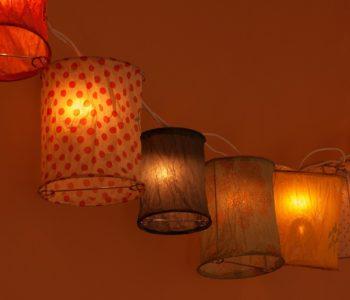 DUA – Warsztat: Świecące obiekty przestrzenne – papierowe lampiony