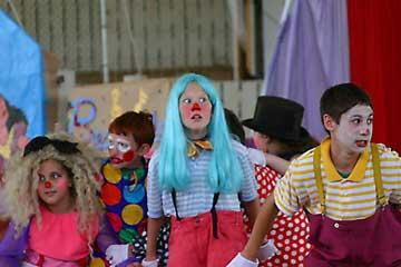 klauni obóz cyrkowy