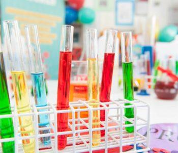 Kolorujemy Łokietka! Warsztaty chemiczne