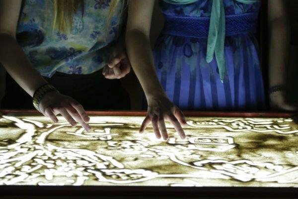 Malowanie światłem i cieniem – warsztaty dla dzieci. Bytom