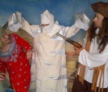 Teatrzyki niedzielne: Piraci i skarb pustyni