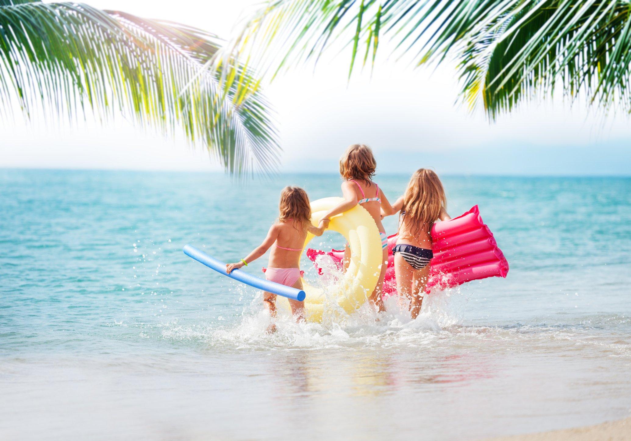 Pierwsze wakacje z dzieckiem zagranicą. Jak się przygotować?