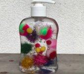 mydło z pomponami