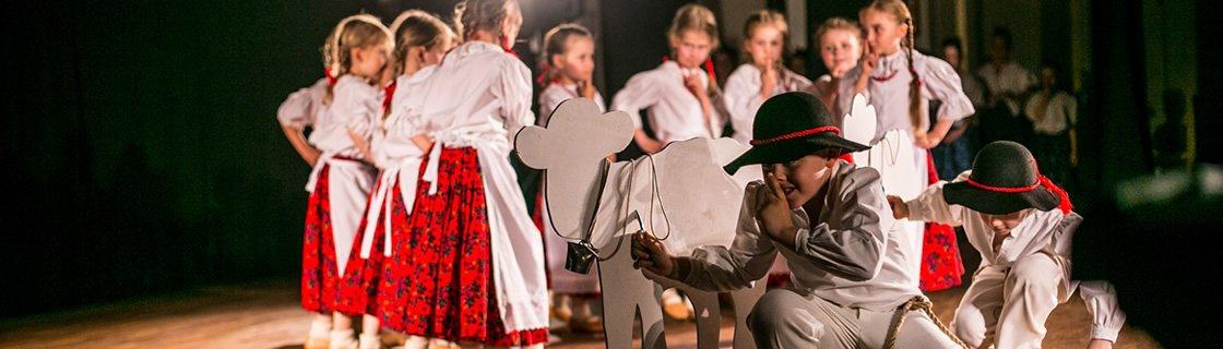 Jubileuszowy Koncert Galowy Jak przygoda, to tylko w Warszawie! XXX-lecie Zespołu Folklorystycznego Lazurki