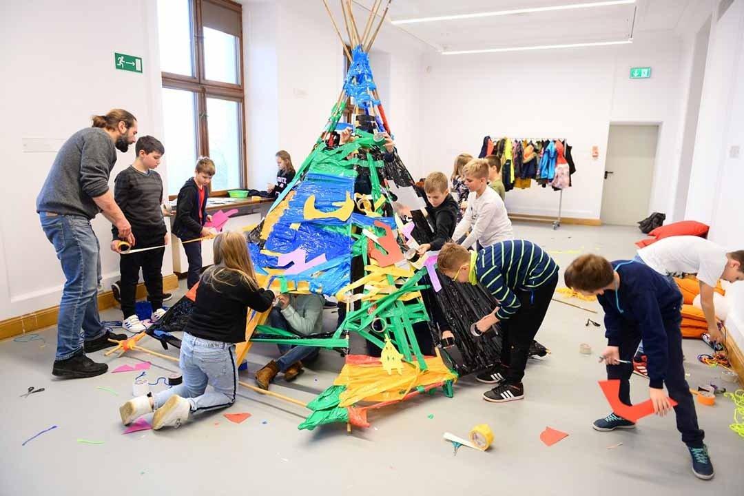 Dotknij sztuki - wystawa dla dzieci