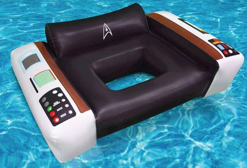 najdziwniejsze materace do pływania