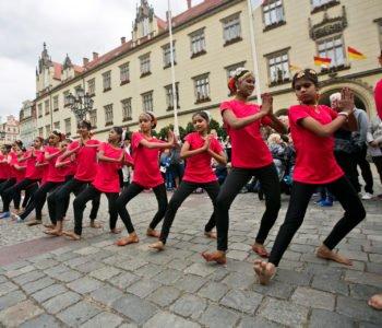 Parada i pokazy wspólnie z Kalejdoskopem Kultur