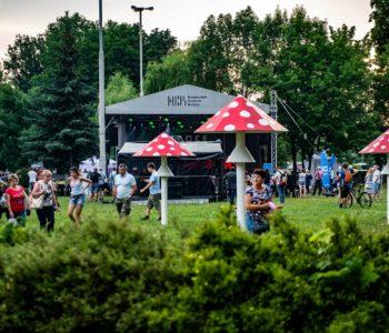 Nuty z Huty – letnie, plenerowe koncerty przed NCK