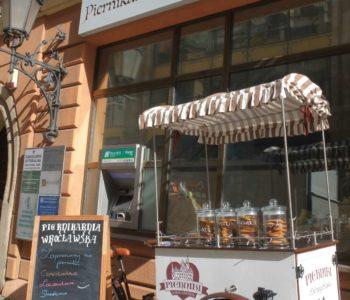 Bezpłatne wakacyjne pokazy wypieku i zdobienia pierników w Piernikarni Wrocławskiej