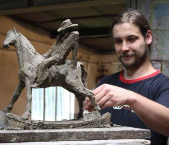 Wakacje z rzeźbą: Odlewy z piaskowych form negatywowych. Gliwice