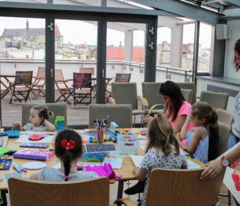 Lato na tarasie – wakacje w MCKdla dzieci i młodzieży w wieku 4-10 lat