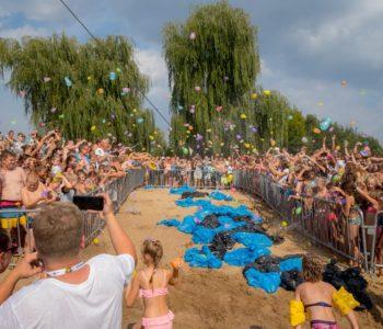 Wielka Bitwa na Balony z Wodą. Sosnowiec