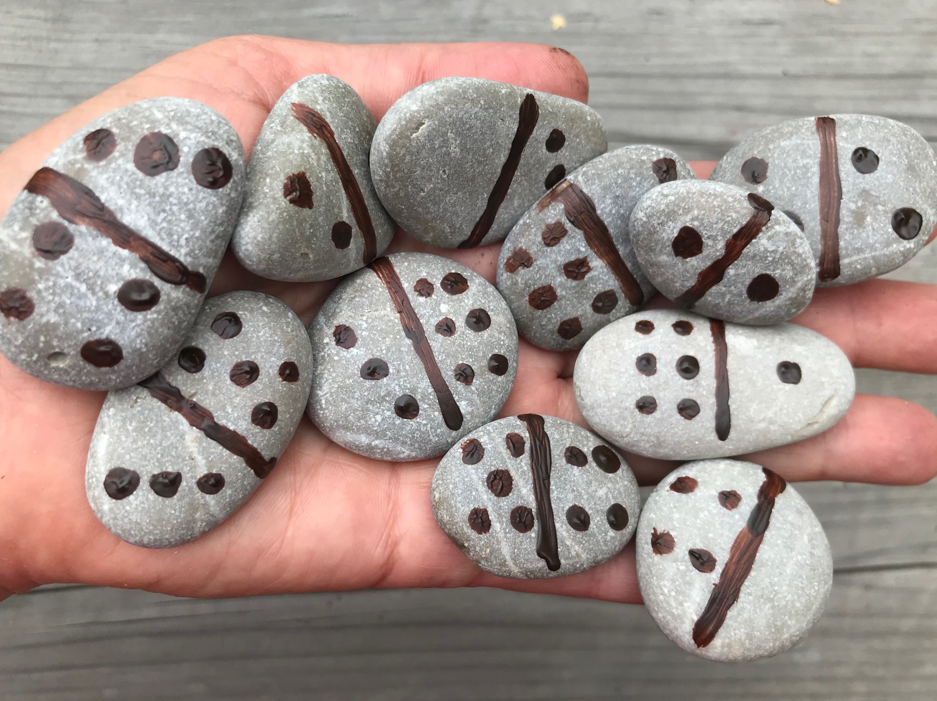domino z kamieni