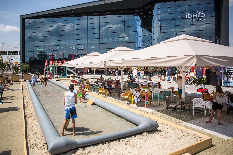 Zapraszamy na letnie Czytanki na Placu do Radości przed Libero Katowice