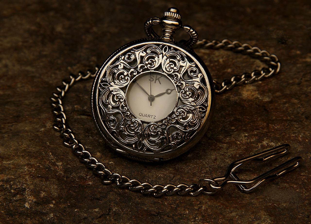 Poszukiwania zaginionego zegarka - gra miejska i warsztaty w Galerii Ferio Wawer