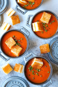 Creamy-Tomato-Soup-with-Grilled-Cheese-22Croutons22IMG_7808