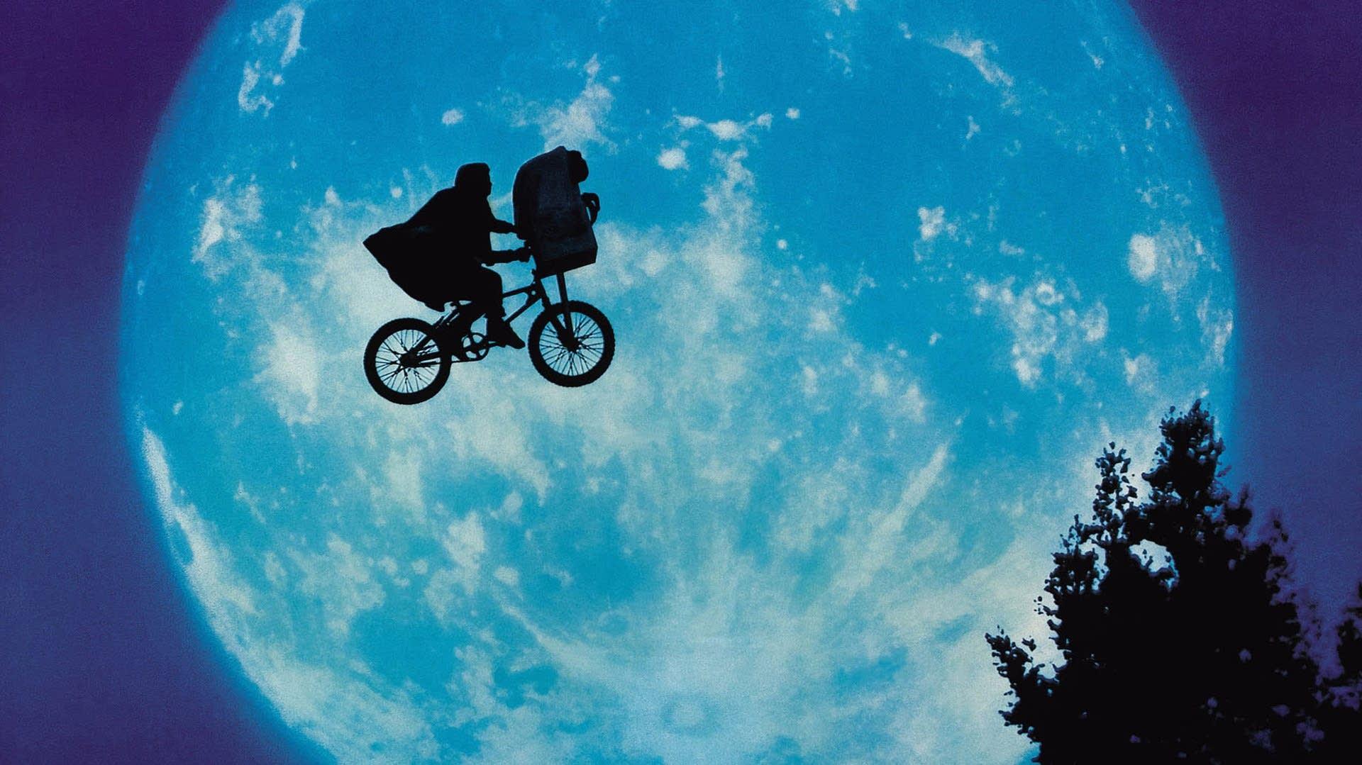 ET rower i księżyc