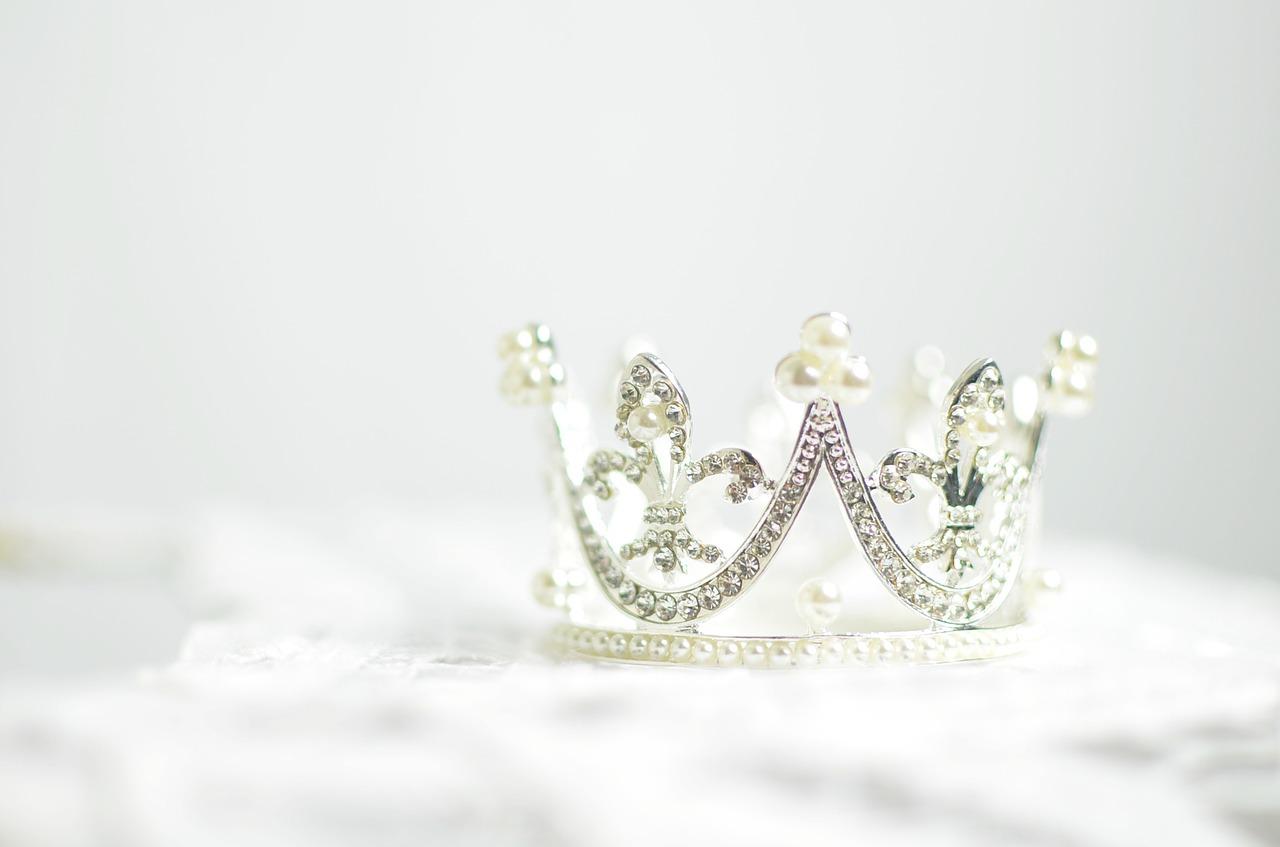 Być królową, czyli kobiety na polskim tronie. Zajęcia plastyczno-historyczne