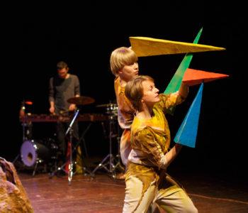 Teatr Atofri: Ptasi baj