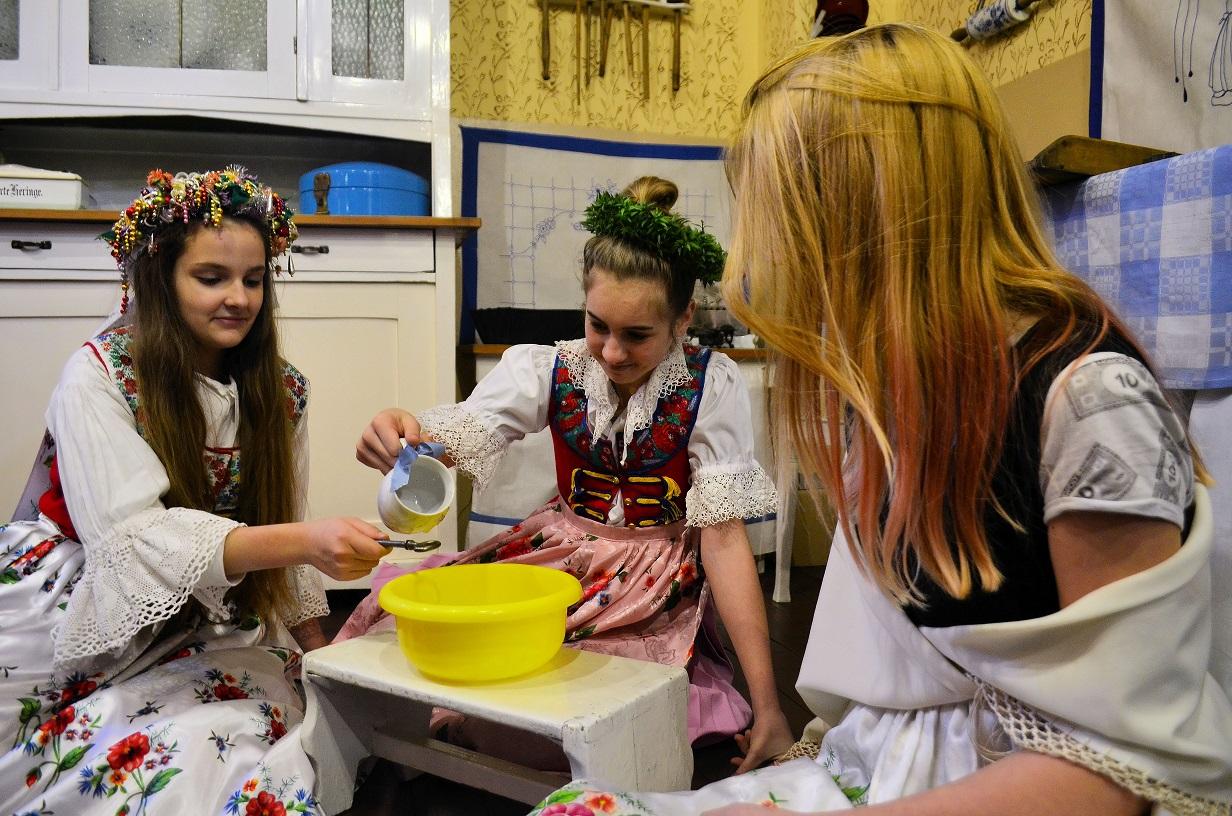 Wróżby i zabawy w noc św. Andrzeja – warsztaty dla dzieci. Bytom