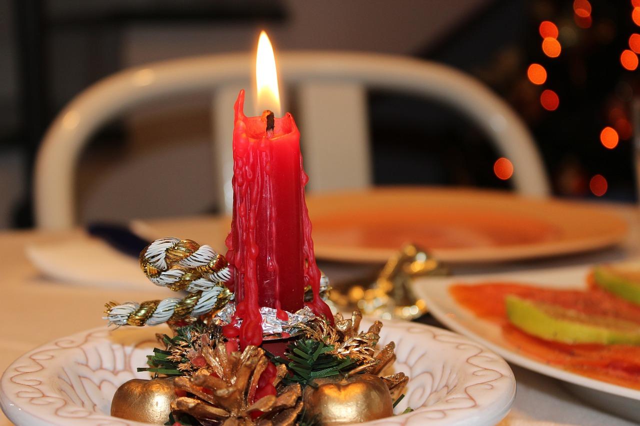 Świąteczne warsztaty - Zdobienie świec