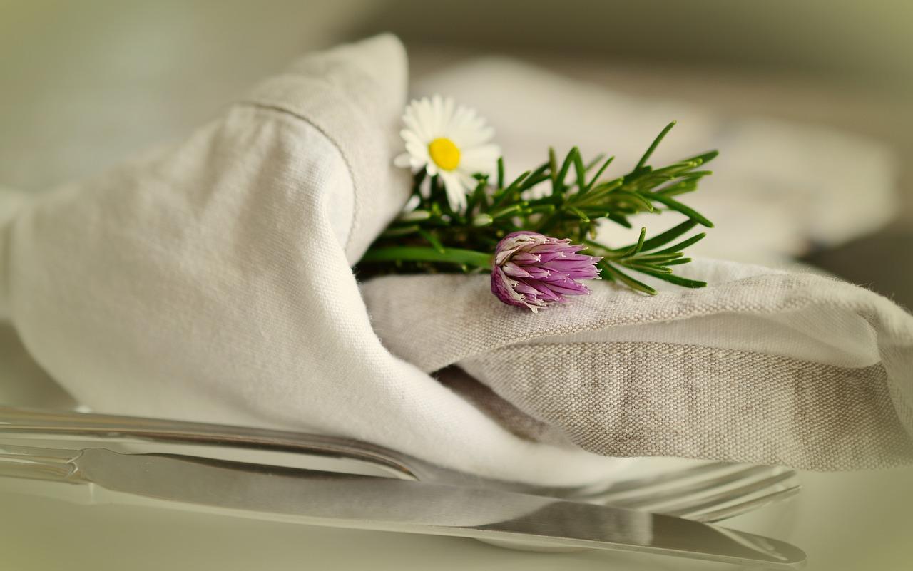 Świąteczne warsztaty - Składanie serwetek i serwetniki