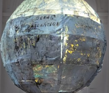 Globus z wyobraźni. Warsztaty rodzinne towarzyszące wystawie Radka Szlagi