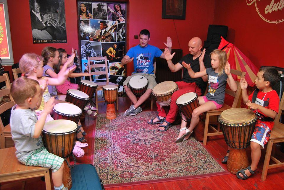Kraina bębnów w Domu Asa. Etno-rytmika