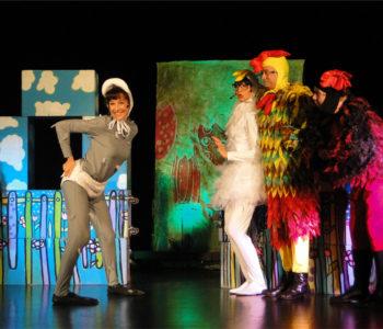 Teatralny Poranek Bajkowy: Brzydkie kaczątko i już