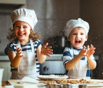 Śmieszne zagadki logiczne o jedzeniu dla dzieci z odpowiedziami