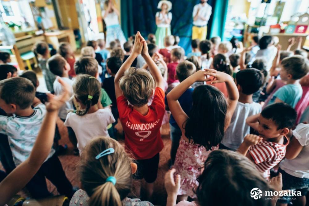 Sobotnie spotkania ze sztuką: Gramy w drejdla, gramy w klasy, gramy! Spotkanie z muzyką żydowską