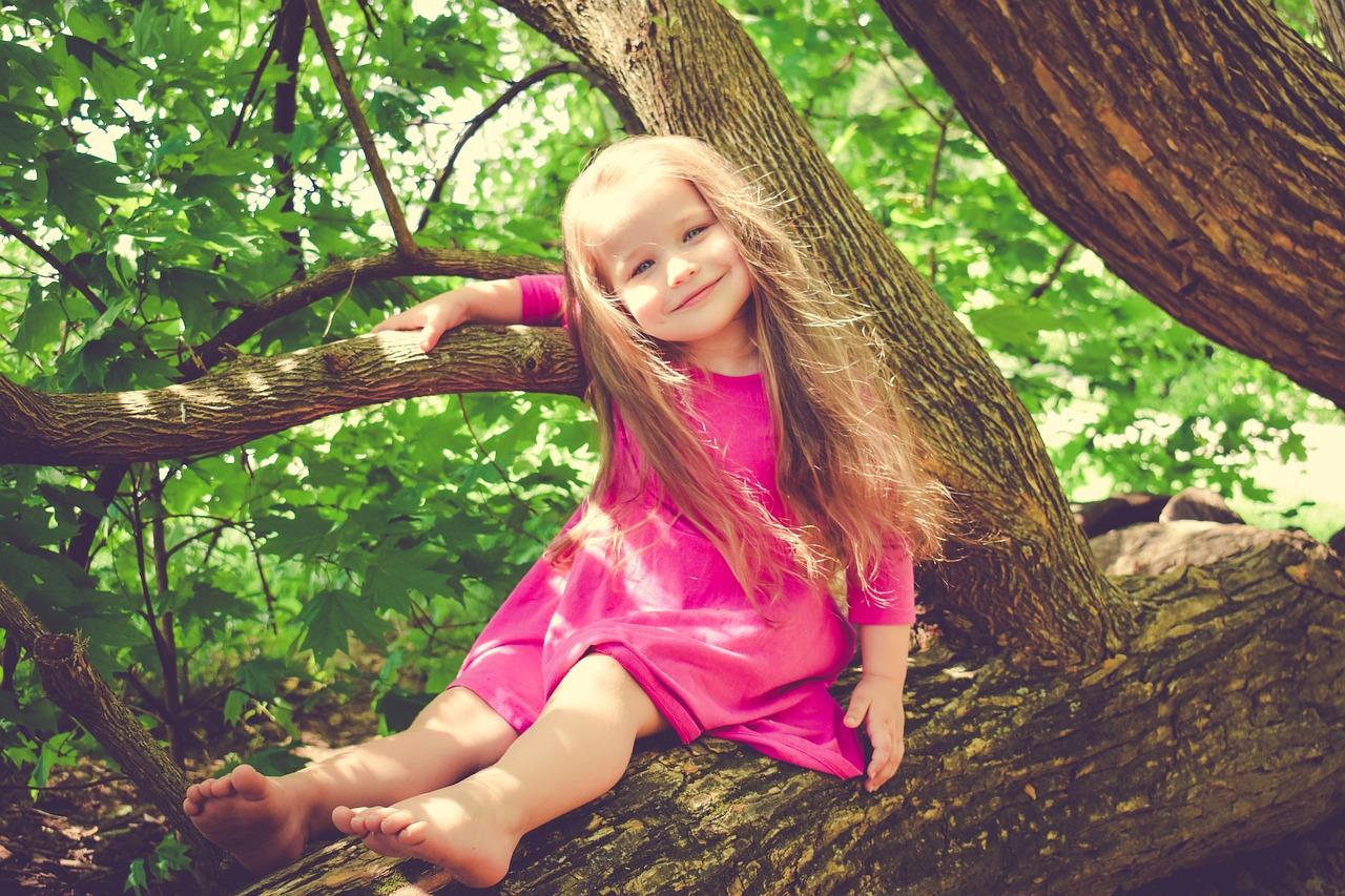 6 filarów, na których pomożesz dziecku zbudować poczucie własnej wartości