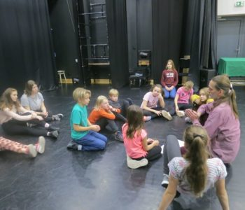 Zajęcia teatralne online dla dzieci 11-14 lat