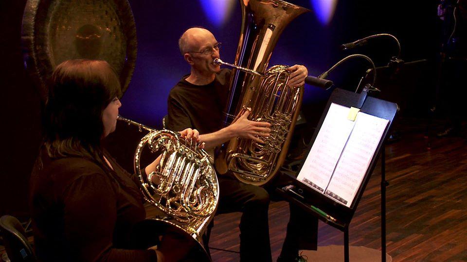 Filharmonia Szczecin Online: DoNuta taktuje