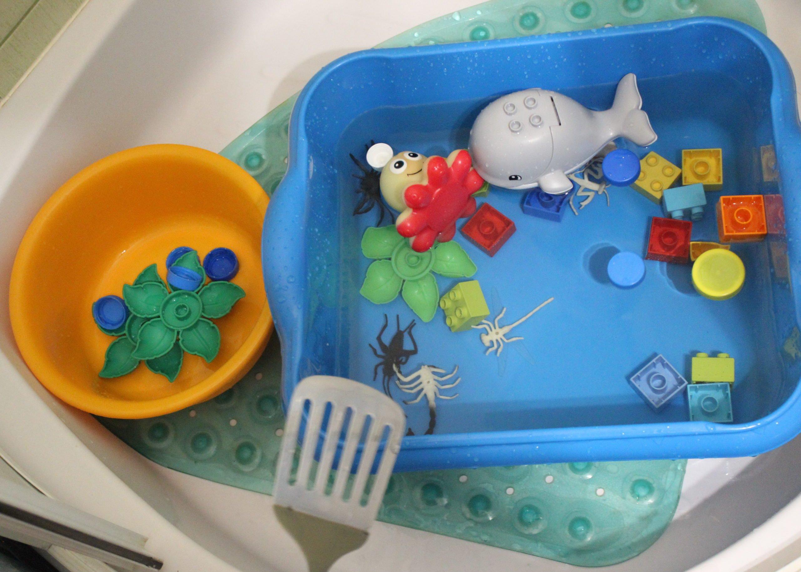 Zabawy w domu, zabawy z wodą, zabawy dla 2latka
