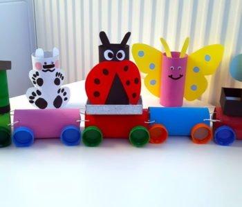 Co zrobić z rolek po papierze toaletowym? Pociąg ze zwierzętami zabawy dla dzieci diy