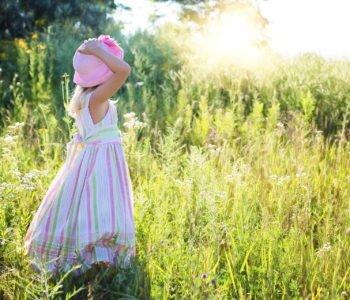Bajka o nieśmiałości i braku pewności siebie, bajka dla dziewczynek na dobranoc do czytania