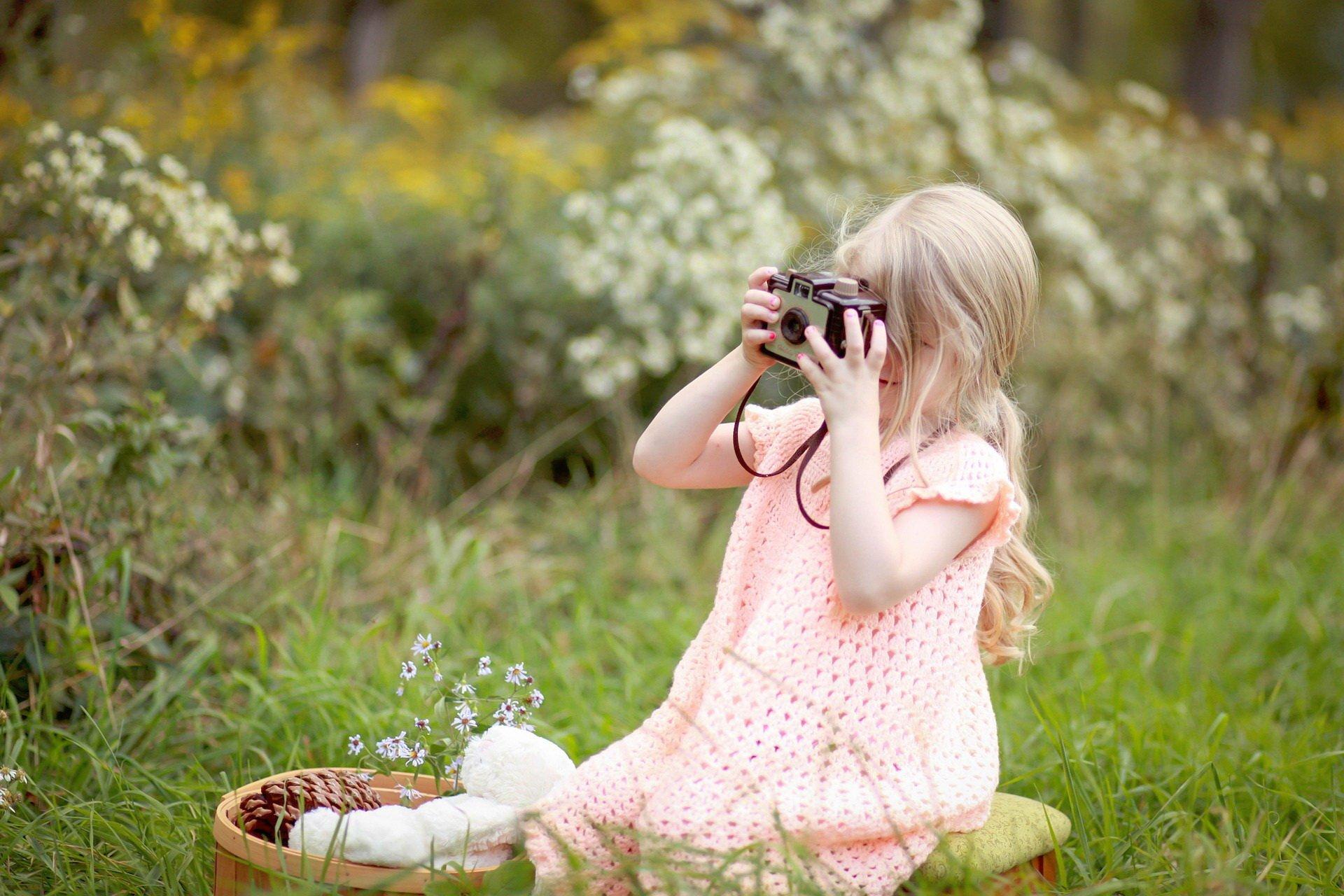 Dzień Dziecka zabawy na łące i w lesie
