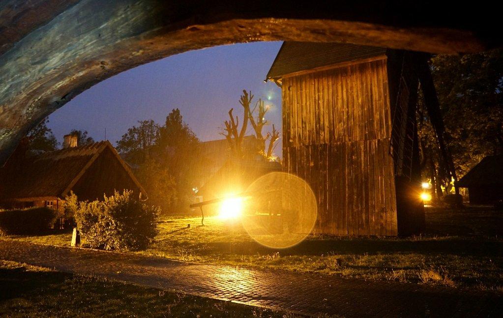 Co robimy w ciemności – Noc Muzeów online