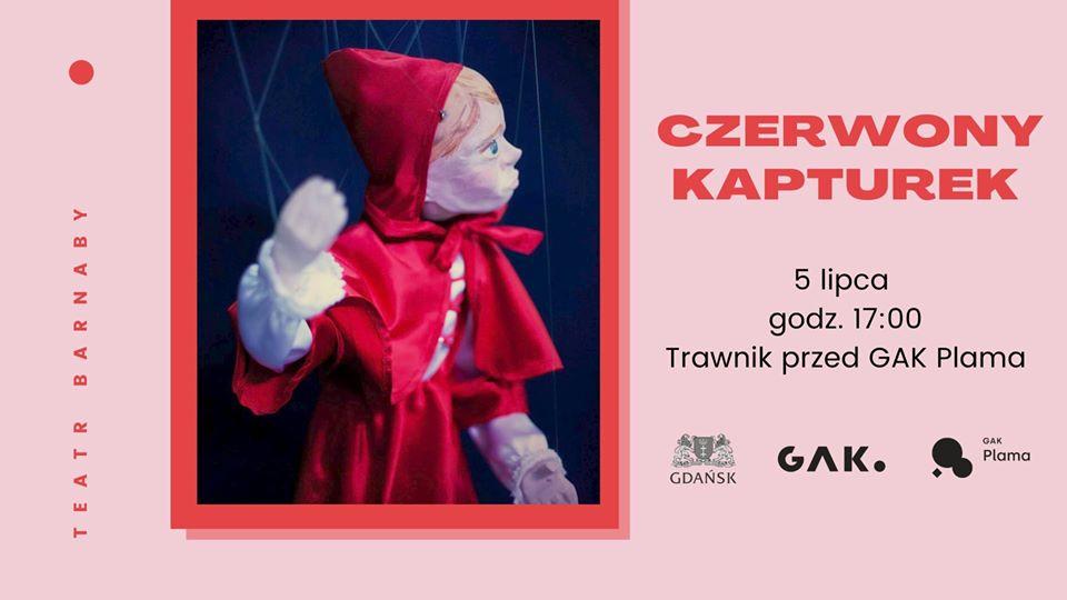 Teatr Barnaby Czerwony Kapturek na trawniku przy Plamie GAK