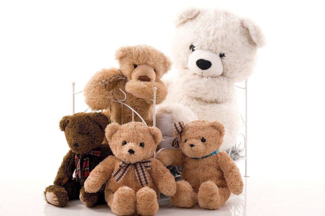 3 propozycje zabawek, które wspierają rozwój dziecka