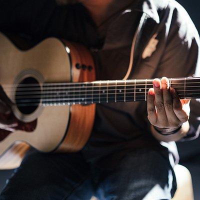 Wakacje z gitarą w Staromiejskim Centrum Kultury Młodzieży