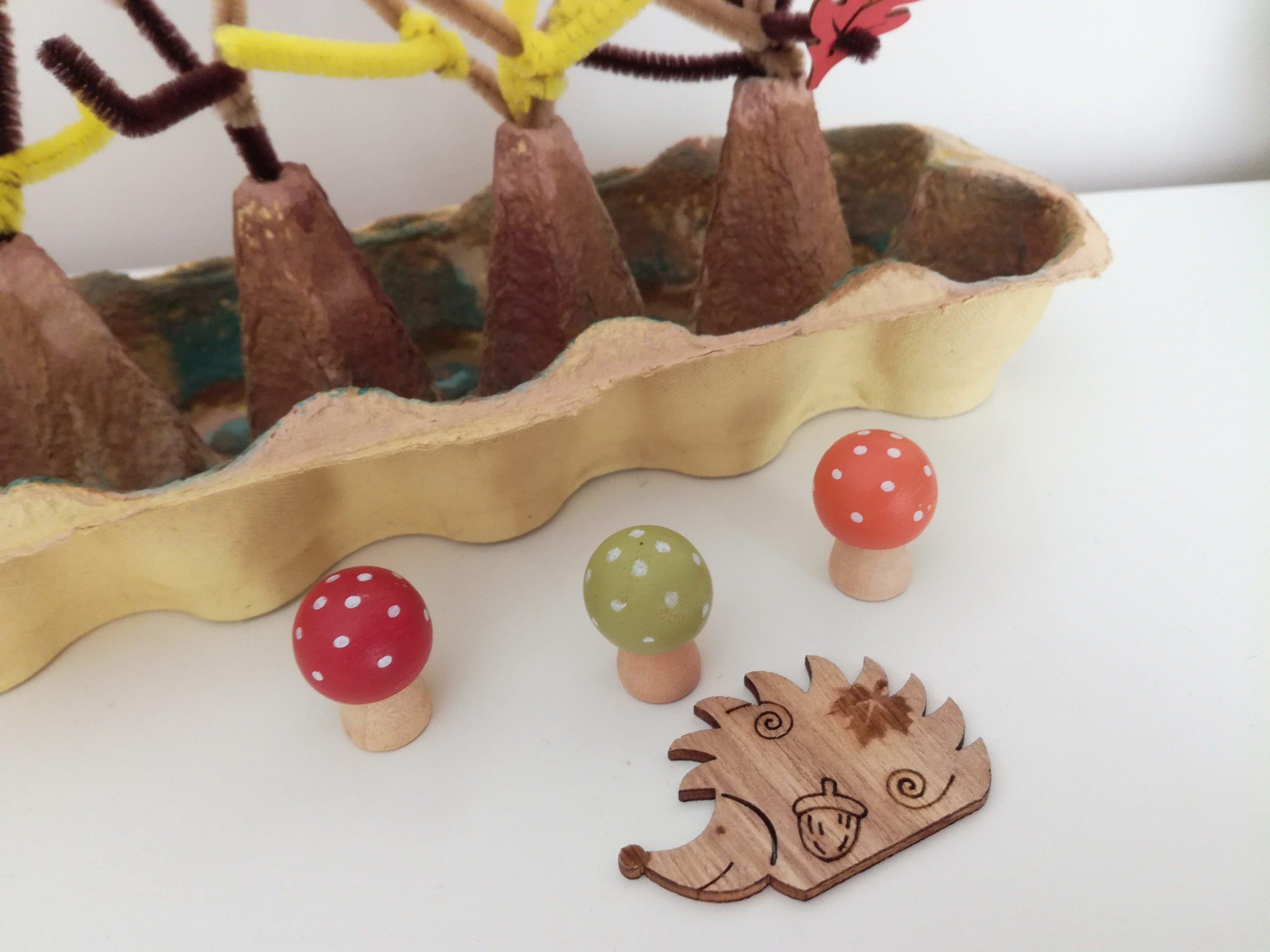 Jesienne zabawy dla dzieci recykling z opakowania po jajkach