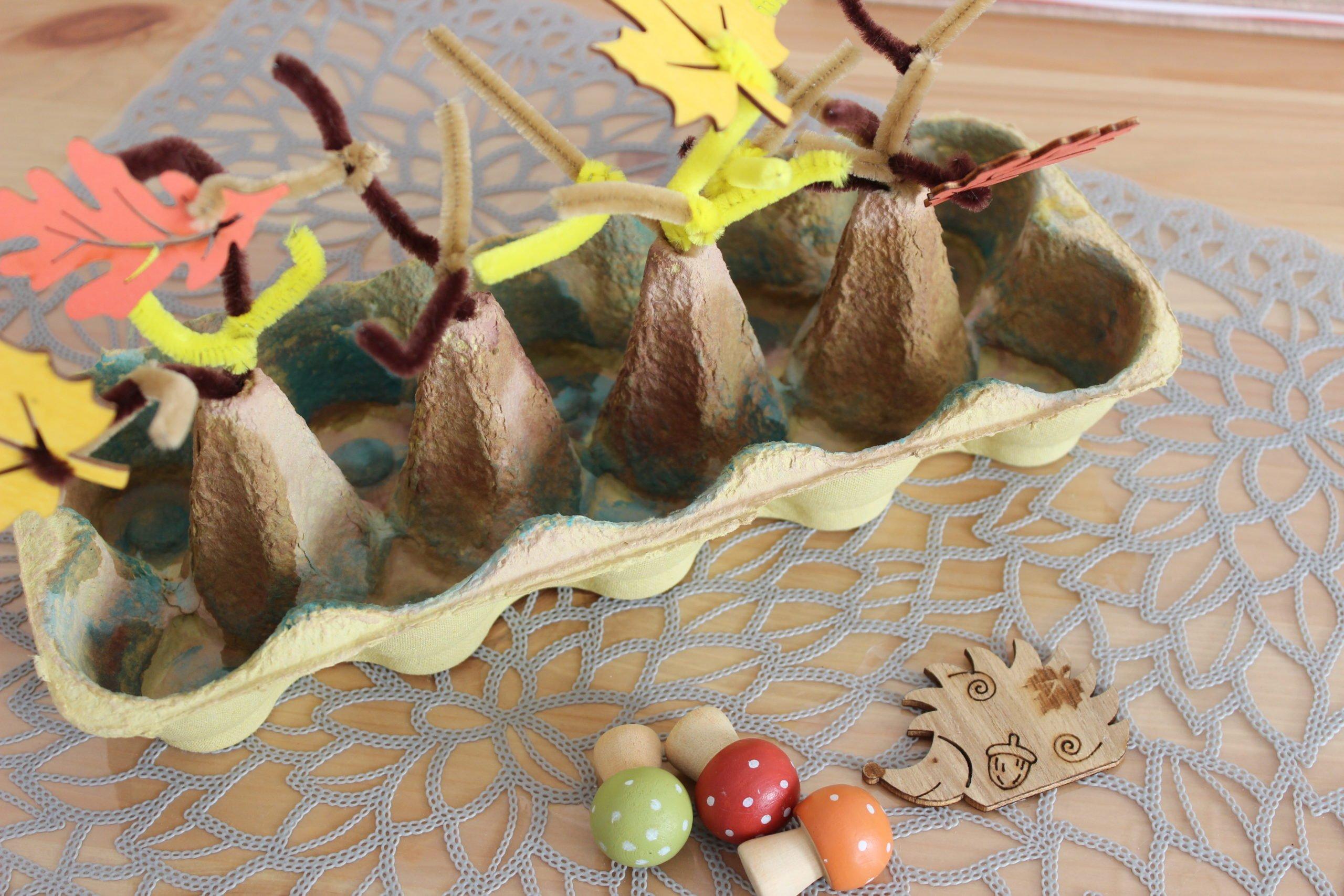 Jesienne zabawy dla dzieci jak zrobić las z opakowania po jajkach