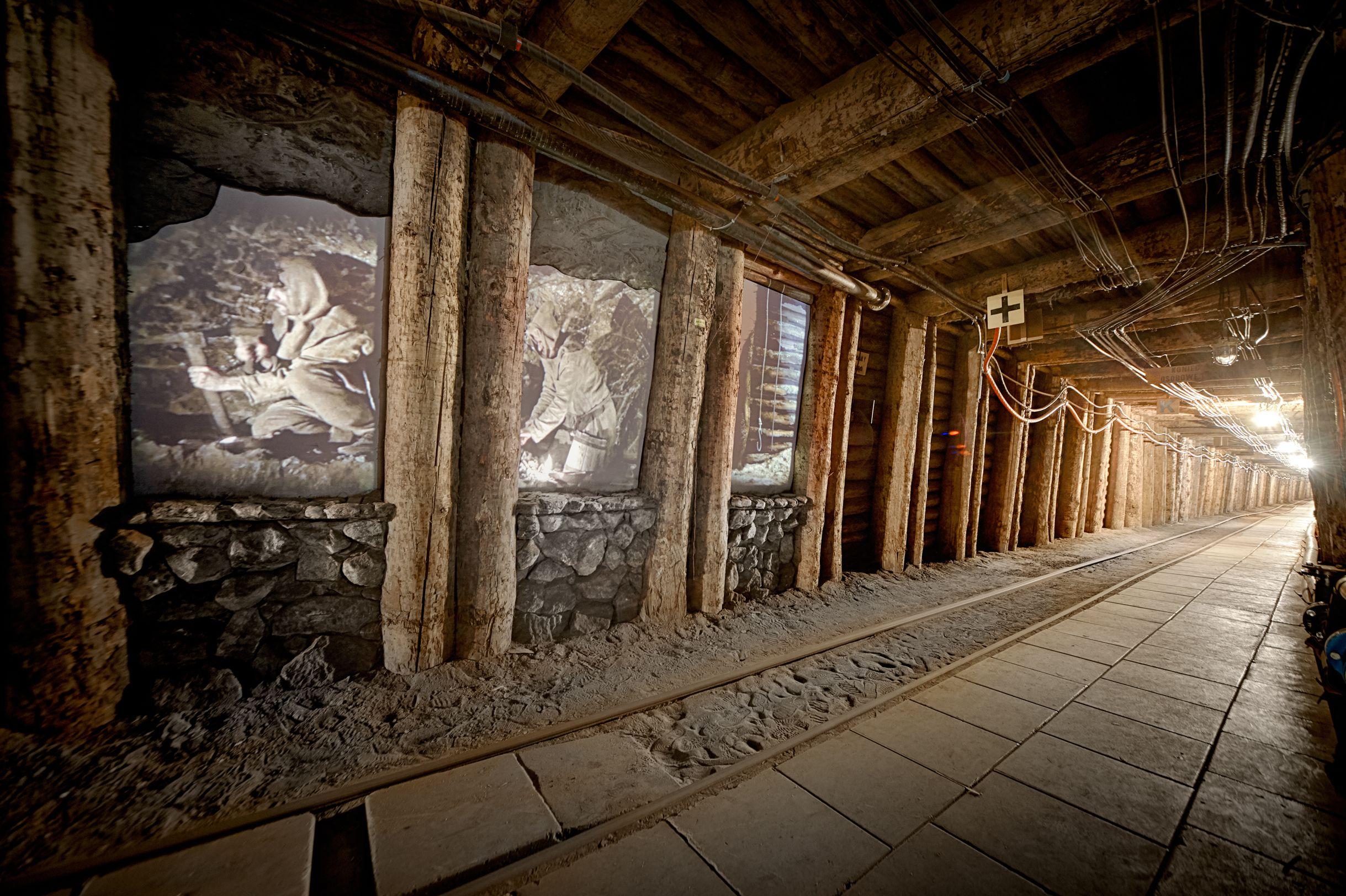 4. Podziemna Ekspozycja Multimedialna, początki wydobycia – fot. Ryszard Tatomir