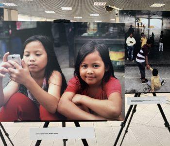 #inaczej #taksamo – Wystawa zdjęć dzieci autorstwa Anny Dudzińskiej w Bibliotece Śląskiej