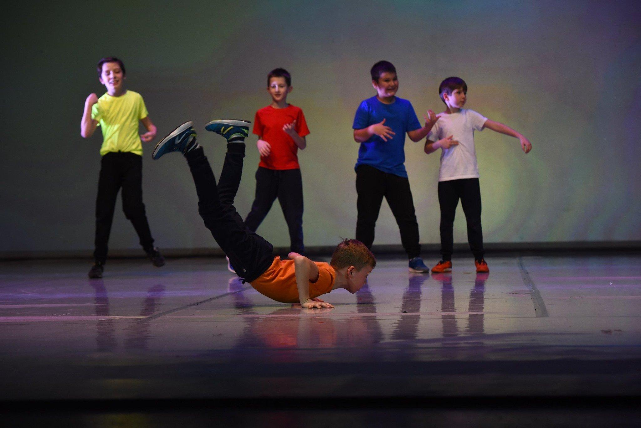 Zajęcia dla chłopców - breakdance, hip-hop, taniec współczesny