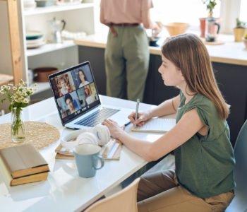 Bezpłatne webinary dla zaangażowanych rodziców